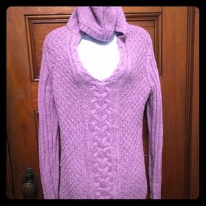 BCBG purplish pink hooded sweater never worn